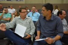 Vereador participa de encontro em Sinop para discutir investimentos na saúde da região