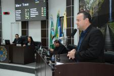 Vereador indica banheiros químicos adaptados aos PNES nos eventos do município