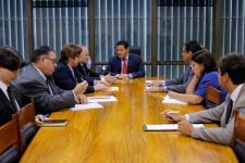 Presidente da UNPAV participa de audiência com vice-presidente da República Hamilton Mourão