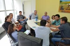 Vereadores participam de reunião para discutir reajuste salarial aos servidores públicos municipais
