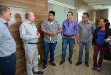 Vereador e secretários visitam fábrica de artefatos de cimento em presídio de Lucas do Rio Verde