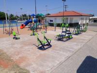 Vereadores pedem implantação de uma área de lazer com praça e academia ao ar livre